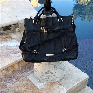 Burberry XL black purse in perfect condition